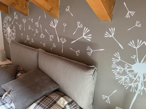 Interior design murofania decorazione camera 2