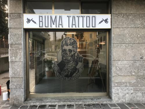 Insegna scatolata Buma Tattoo 2