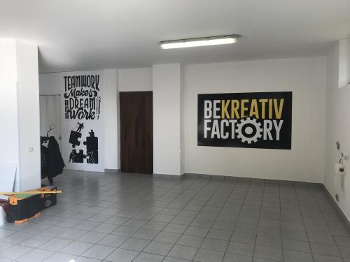 Interior design murofania e pannello bekreativ factory 2