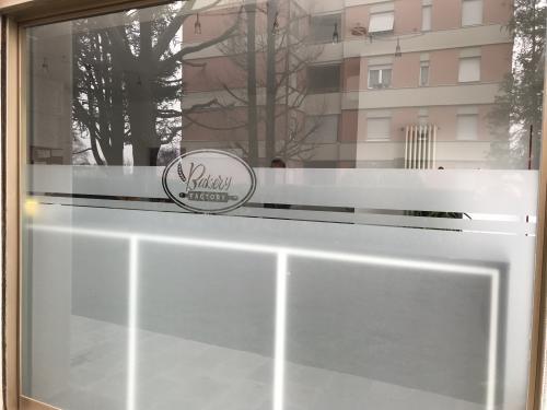 Vetrofania Satinato intagliato Bakery 1
