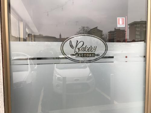 Vetrofania Satinato intagliato Bakery 3