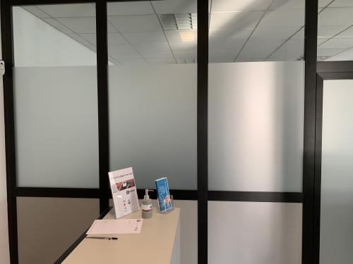 Interior design vetrofania uffici 6